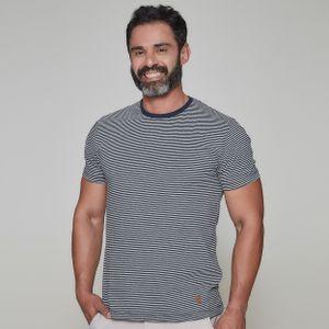 camiseta-masculina-gola-o-frates-praia-frente